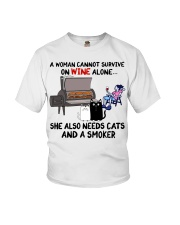 woman wine alone she also needs a smoker and cats Youth T-Shirt thumbnail