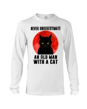Never underestimate and old man with a cat shirt Long Sleeve Tee thumbnail