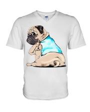 Pug I love mom shirt V-Neck T-Shirt thumbnail