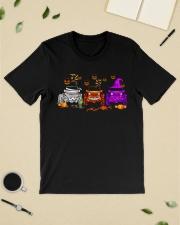 Love Jeeps Halloween Pumpkin Halloween shirt Classic T-Shirt lifestyle-mens-crewneck-front-19