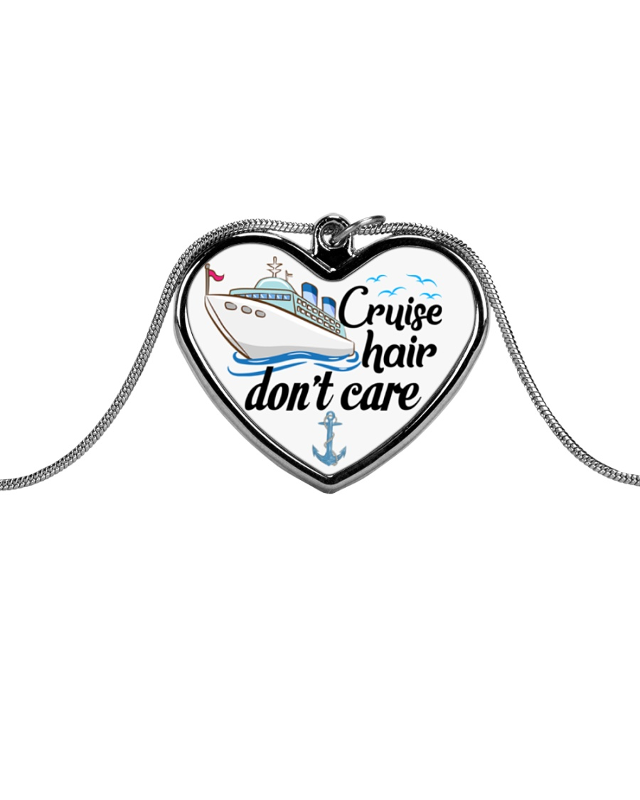 Cruise Love Metallic Heart Necklace