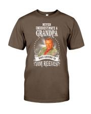 Never Underestimate A Grandpa Shirts Classic T-Shirt tile