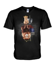 Lion-Russia V-Neck T-Shirt thumbnail