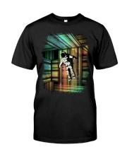 Interstellar - Trapped in Multiple Time Dimensions Classic T-Shirt front