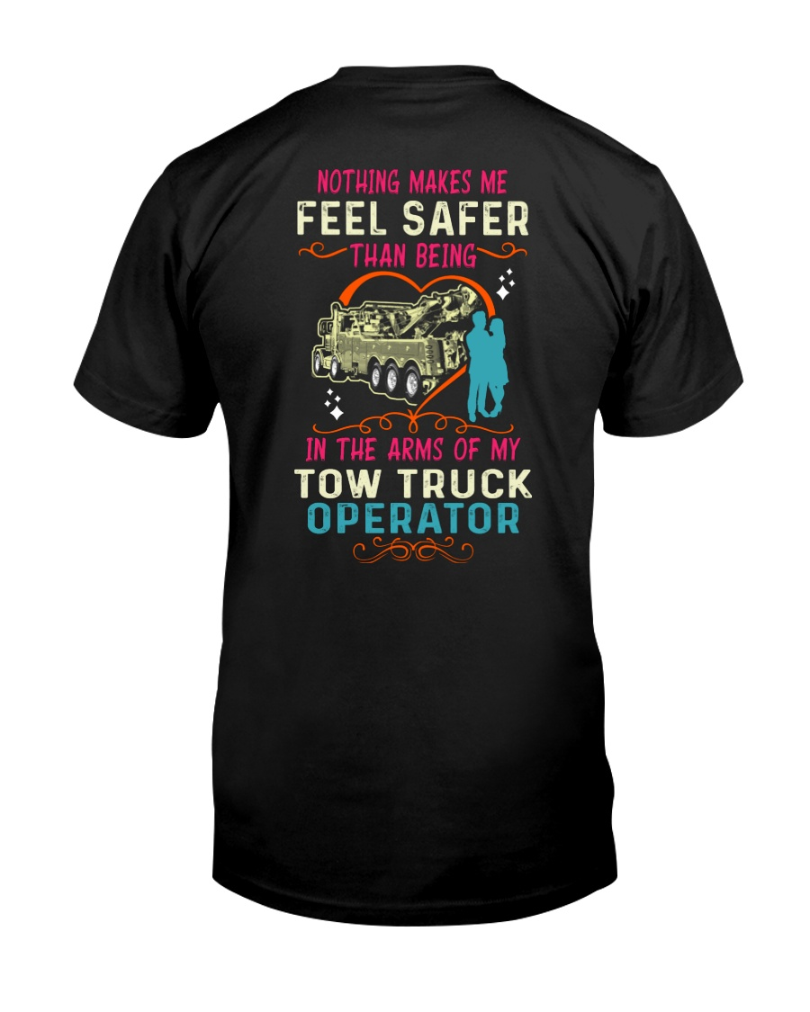 IN THE ARMS OF MY TOW TRUCK OPERATOR HEAVY Classic T-Shirt