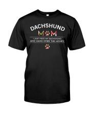 Dachshund - Dachshund Mom Classic T-Shirt front