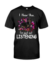 Dachshund - I Hear You Classic T-Shirt front