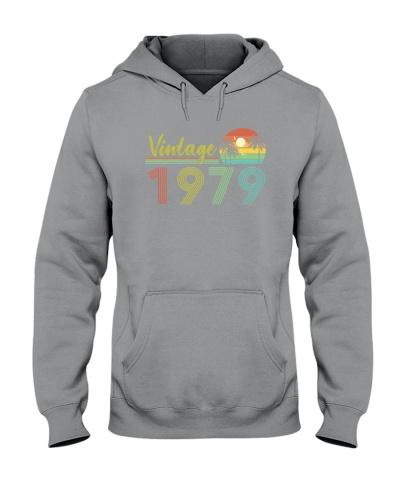 Vintage Sunset 1979 40th Birthday Gift
