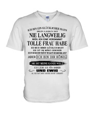 tolle Frau 03 V-Neck T-Shirt tile