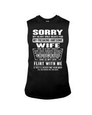 MY FREAKING AWESOME WIFE- version Sleeveless Tee thumbnail