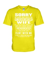 MY FREAKING AWESOME WIFE- version V-Neck T-Shirt thumbnail