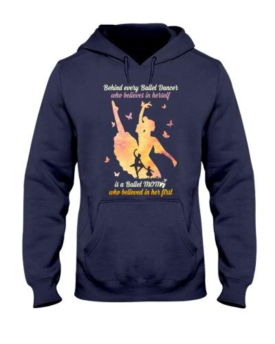 Behind every Ballet Dancer DPN37