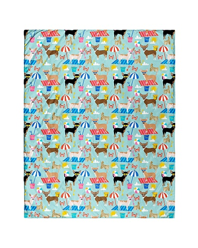 Chihuahua 6 Quilts and Blankets
