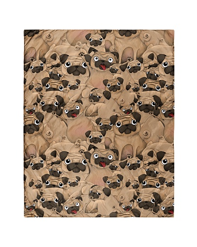 Pug 21 Quilts and Blankets