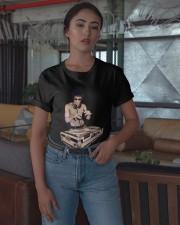 Bruce Lee T Shirt Dj Classic T-Shirt apparel-classic-tshirt-lifestyle-05