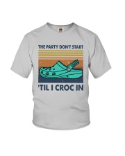 Vintage The Party Don't Start til I Croc In Shirt Youth T-Shirt thumbnail