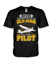 PILOT GIFTS -  NEVER UNDERESTIMATE AN OLD MAN V-Neck T-Shirt thumbnail