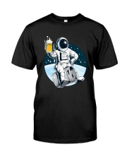 CRAFT BEER LOVER ASTRONAUT Classic T-Shirt front