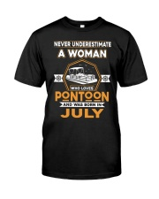 PONTOON BOAT GIFT - JULY PONTOON WOMAN Classic T-Shirt front
