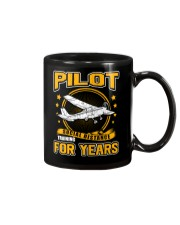 PILOT GIFTS - SOCIAL DISTANCE TRAINING FOR YEARS Mug thumbnail