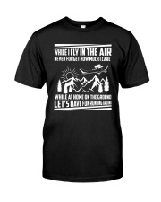 GIFT FOR AVIATION - FLY IN THE AIR Classic T-Shirt front