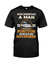 PONTOON BOAT GIFT - NOVEMBER PONTOON MAN Classic T-Shirt front