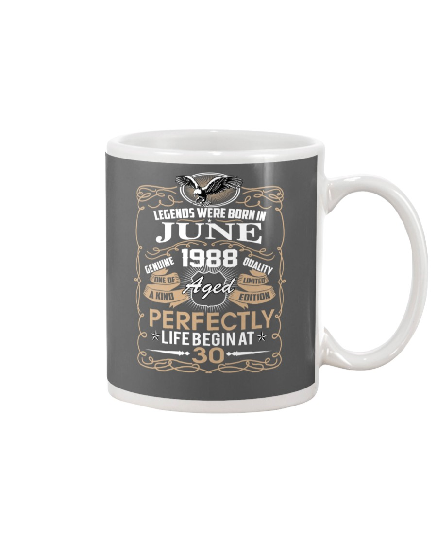 30th Birthday Gift - Legend were born in JUNE Mug