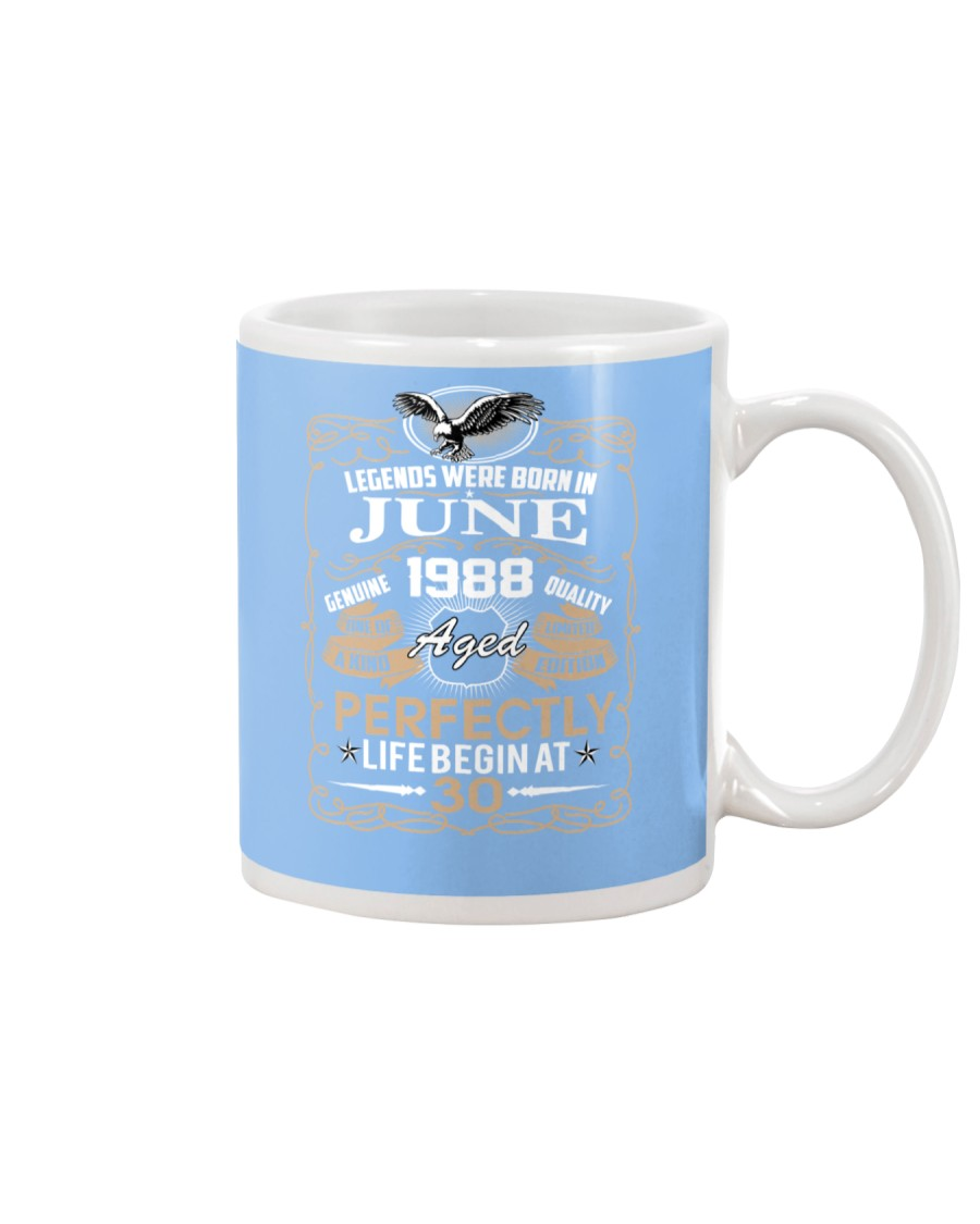 30th Birthday Gift - Legend were born in JUNE Mug