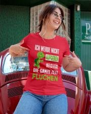 ICH WEDE NICHT AUFGEBEN Ladies T-Shirt apparel-ladies-t-shirt-lifestyle-01