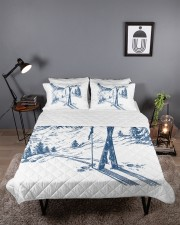 Skiing bed set 2 Queen Quilt Bed Set aos-queen-quilt-bed-set-lifestyle-front-03