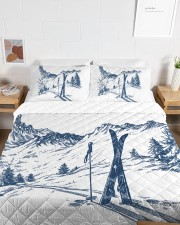 Skiing bed set 2 Queen Quilt Bed Set aos-queen-quilt-bed-set-lifestyle-front-06a