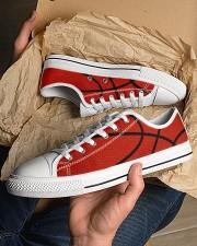 Basketball - Baskteball shoe Men's Low Top White Shoes aos-complex-men-white-low-shoes-lifestyle-20