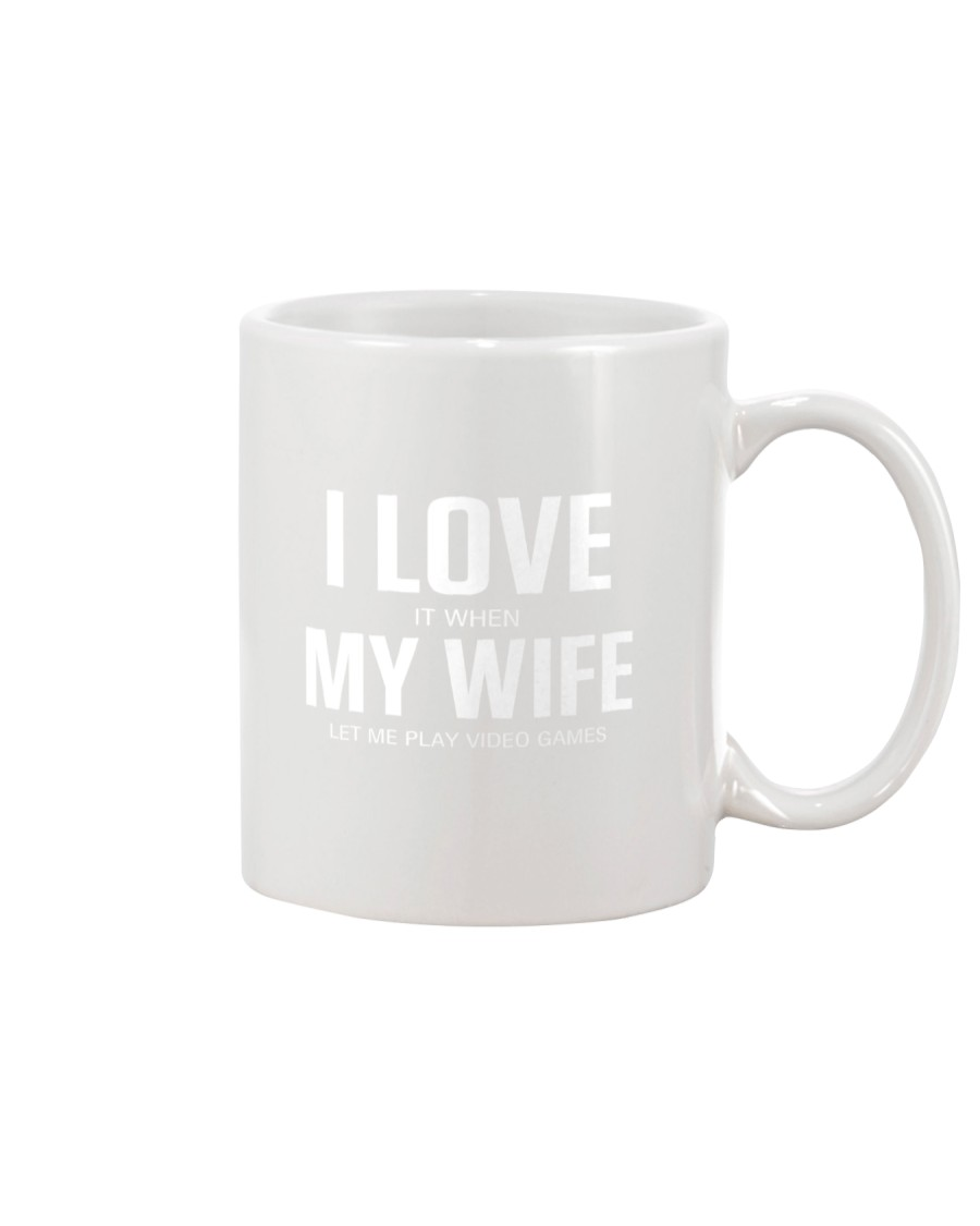 i love my wife shirt video games Mug