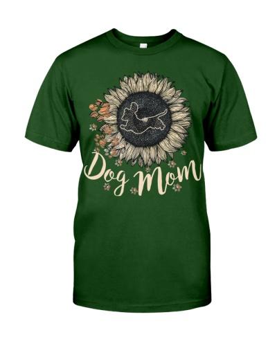 Dog mom dachshund 0037