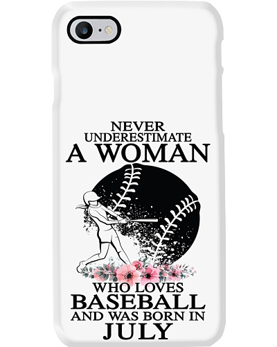 A woman loves baseball was born in July PT