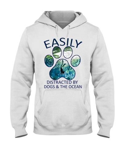 scuba diving distracted dogs ocean 9997 0005