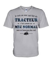Un Mec Normal - Tracteur GR V-Neck T-Shirt thumbnail
