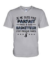Basketteur - pas parfait V-Neck T-Shirt thumbnail