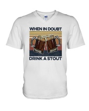 Vintage Beers When In Doubt Drink A Stout Shirt V-Neck T-Shirt thumbnail