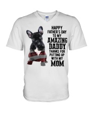 Bulldog Father Day Amazing Daddy Thanks Mom Shirt V-Neck T-Shirt tile