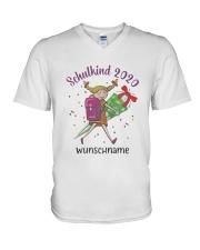 Schulkind 2020 Wunschname Shirt V-Neck T-Shirt thumbnail