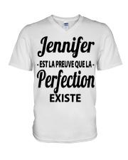 Jennifer Est La Preuve Que La Perfection Shirt V-Neck T-Shirt thumbnail
