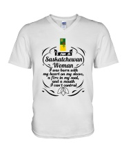 SASKATCHEWAN WOMAN A MOUTH I CAN'T CONTROL V-Neck T-Shirt thumbnail