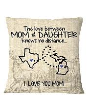 MICHIGAN TEXAS THE LOVE MOM AND DAUGHTER Square Pillowcase thumbnail