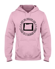 OREGON GIRL LIVING IN COLORADO WORLD Hooded Sweatshirt front