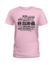NEW ZEALAND GIRL AND CITY Ladies T-Shirt front