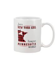 NEW YORK GIRL LIVING IN MINNESOTA WORLD Mug thumbnail