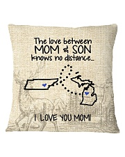 MICHIGAN TENNESSEE THE LOVE MOM AND SON Square Pillowcase thumbnail
