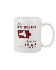 NEW YORK GIRL LIVING IN IOWA WORLD Mug thumbnail