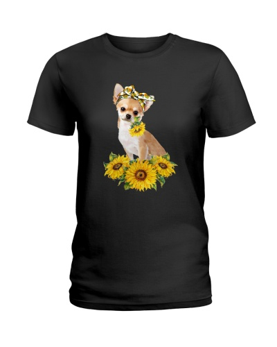 CHIHUAHUA AND SUNFLOWER